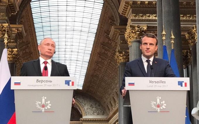 Ужимки иблеяние: чтопоказала встреча Путина сМакроном