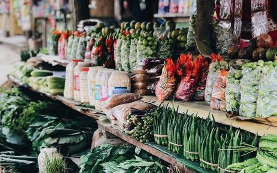 Традиційна кухня Нага дуже самобутня: їдять все, що рухається