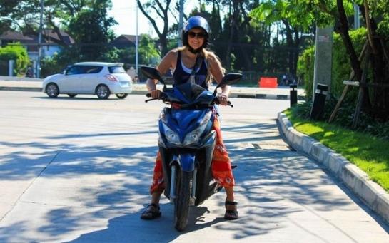 10 правил женского вождения в Азии