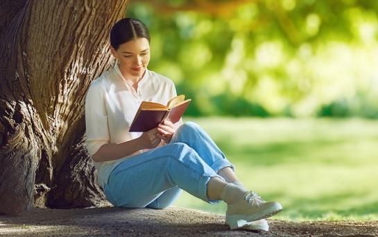 Жити стало краще чи веселіше? – 5 книг про те, як з цим розібратися