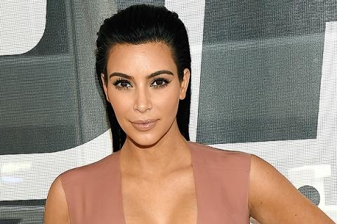 Ким Кардашьян жалуется на грудное вскармливание