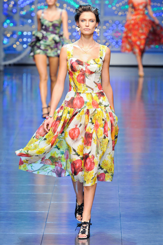 Показ Dolce&Gabbana Spring/Summer 2012 на Миланской Неделе моды