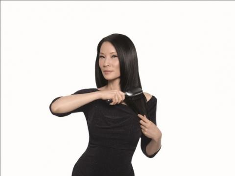Люси Лью стала лицом коллекции приборов для волос BRAUN