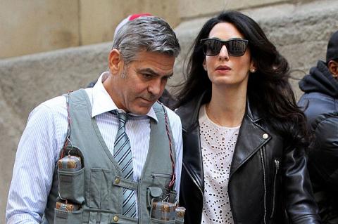 Амаль Клуни навестила супруга на съемочной площадке