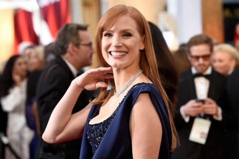 Красная дорожка премии «Оскар-2015»: Джессика Честейн