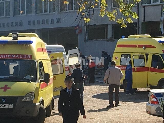 В колледже в оккупированной Керчи прогремел взрыв, десятки погибших и пострадавших: первые жуткие фото (1)