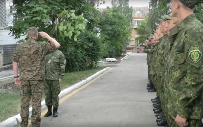У мережі з'явилося яскраве відео навчань поліції на Донбасі