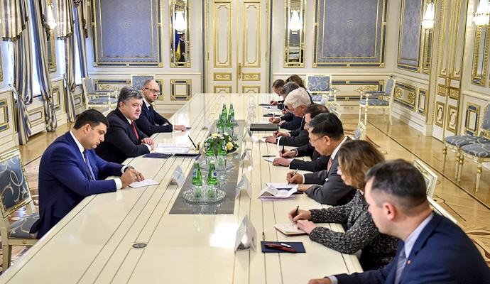 Руководство Украины заверило послов G-7 в дальнейшем проведении реформ