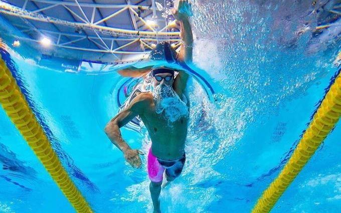 Украинец рекордно победил на чемпионате мира по плаванию