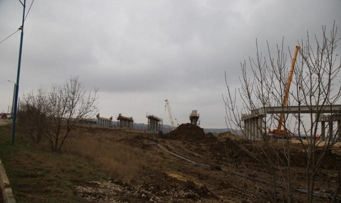 Окупанти завершили черговий етап будівництва Кримського моста: нові фото (1)