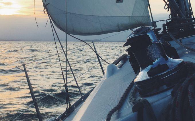 В Черном море затонуло судно с украинцами на борту: первые данные о погибших