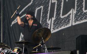 При загадочных обстоятельствах умер участник культовой американской рок-группы