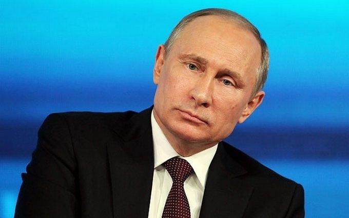 Путін поговорив з Олландом і Меркель про Донбас