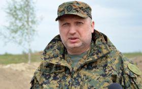 Турчинов оценил сроки освобождения Донбасса и силу украинской армии