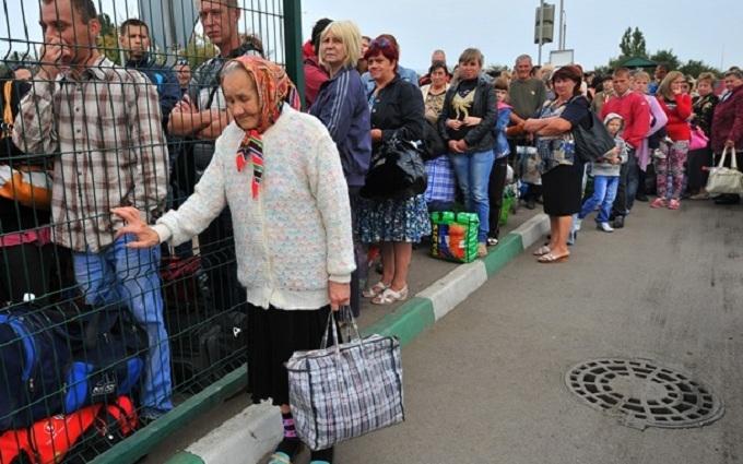 У Гройсмана розкритикували українські ЗМІ за переселенців