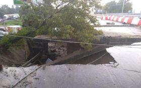 Непогода в Киеве: появились новые фото ужасных последствий ливня
