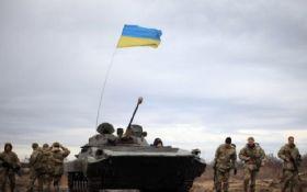 На Донбасі тривають інтенсивні бої: серед українських бійців є поранені