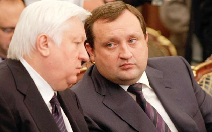 У Луценка прокоментували скандал з угіддями людей Януковича