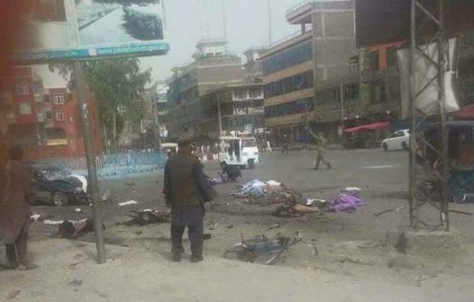 В Афганістані стався новий потужний теракт: десятки загиблих і поранених (1)
