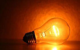 Названа дата, до которой украинцам точно не будут отключать электричество