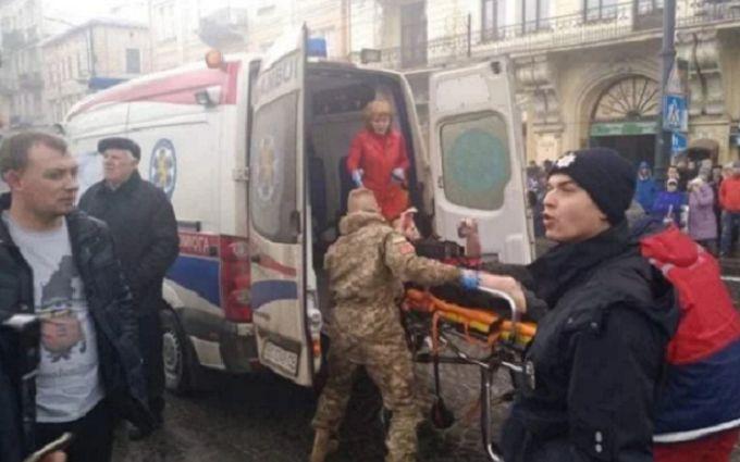 У центрі Львова спалахнула пожежа - шокуючі фото та відео