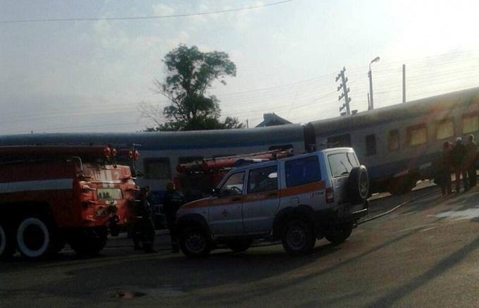 У Чернівецькій області у вагоні потягу сталося задимлення, люди вистрибували з вікон (1)