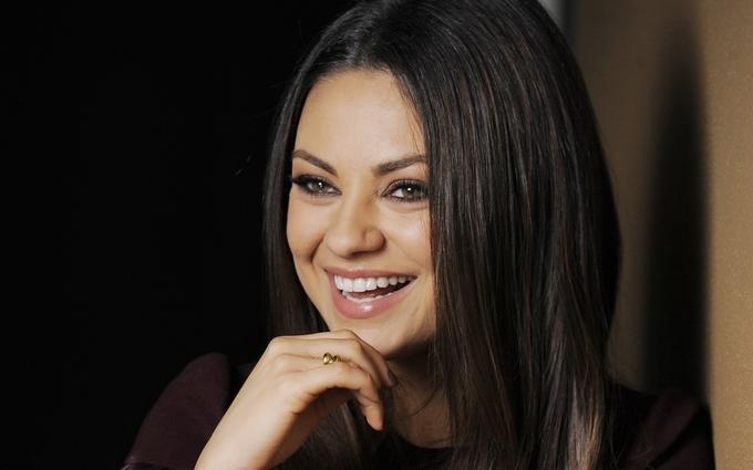 Американська актриса з українським корінням вдруге стане мамою