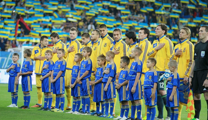 В марте украинская сборная по футболу проведет два товарищеских матча