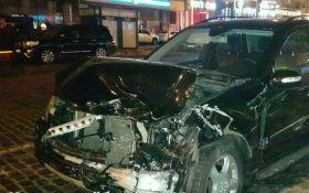В центре Киева в пьяном ДТП разбиты сразу несколько машин: появились фото
