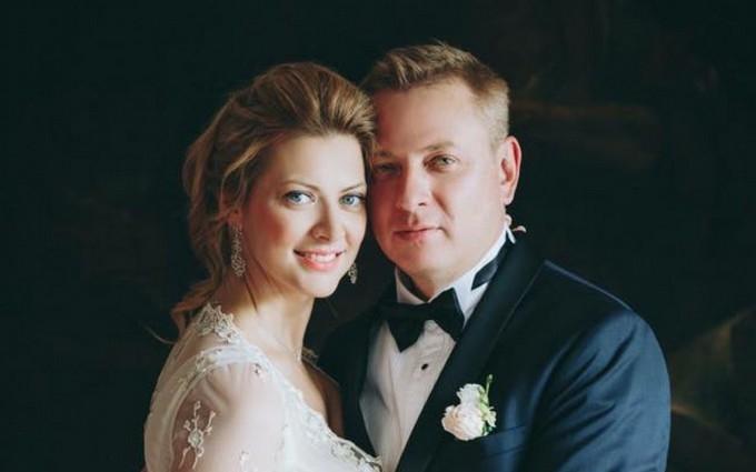 З'явилися фото з весілля відомої української телеведучої