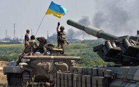 На Донбасі тривають запеклі бої - серед українських бійців є поранені