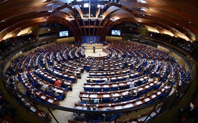 """ПАСЕ вынесли решение о противоречивого закона Украины """"Об образовании"""""""