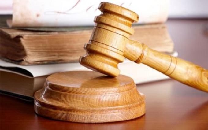 Высший админсуд из-за «ляпа» в законе «простил» судей Майдана