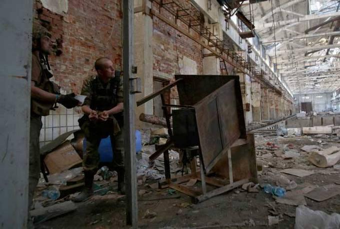 Як українці воюють на Донбасі: з'явилися потужні фото (1)