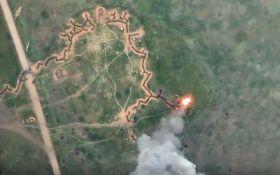 Горить БМП та розриваються снаряди: в мережі показали нові відео влучних ударів ЗСУ по бойовиках