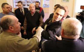 Діди отримували: соцмережі киплять через бійку в київському Будинку офіцерів