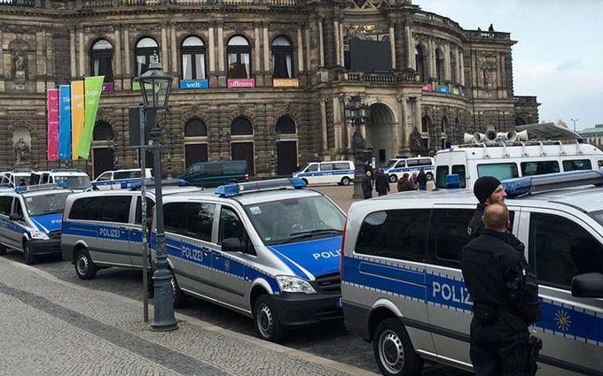 У Німеччині прогриміли вибухи біля мечеті: опубліковані фото