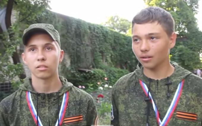 Новий доказ проти Росії: з'явилося відео луганських школярів у таборі армії Путіна