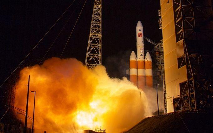 США вывели на орбиту секретный разведывательный спутник: опубликовано зрелищное видео