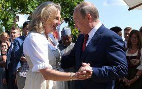 Курц о визите Путина: его танцы ничего не изменили