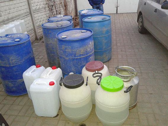 Подпольный водочный цех ликвидировали в Волынской области (10 фото) (3)