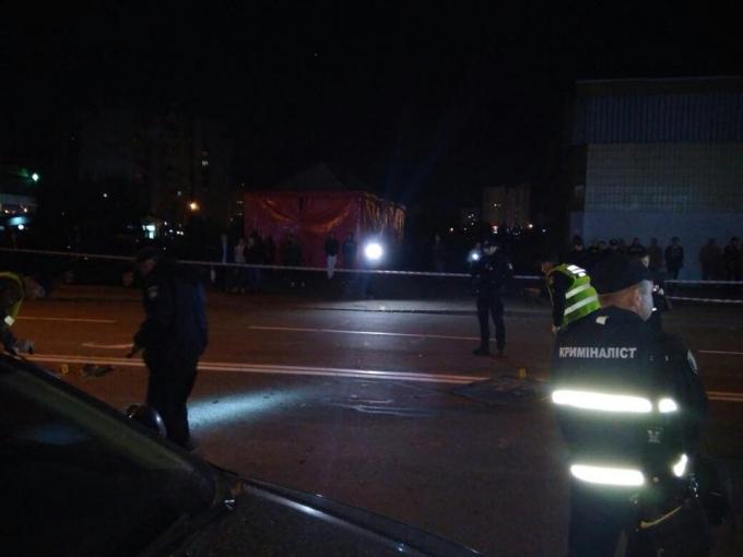 В Киеве произошел смертельный взрыв: появились фото и видео с места ЧП (3)