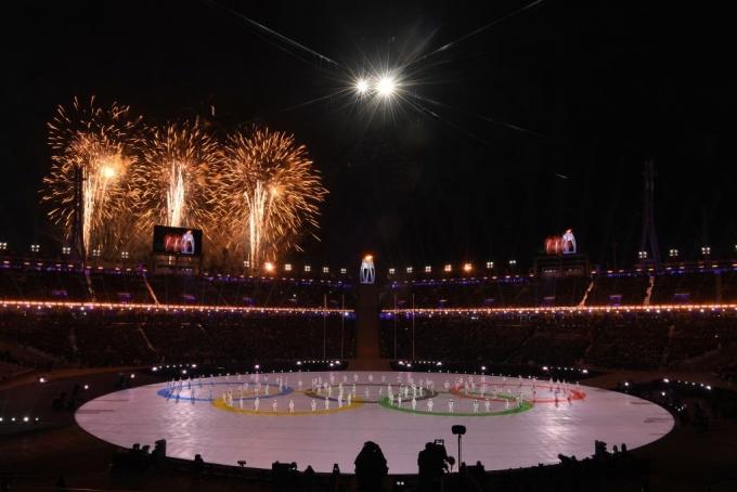 В Пхенчхане завершилась Олимпиада-2018: яркие фото и видео церемонии закрытия (4)
