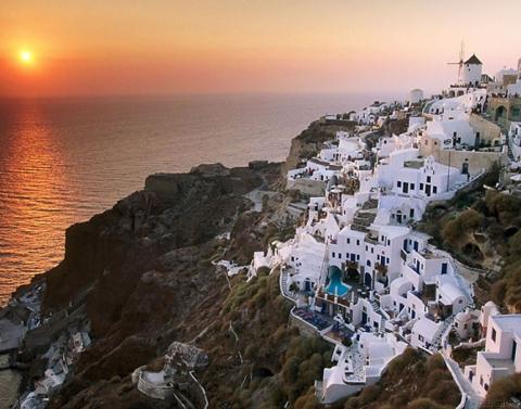Города, построенные на скалах (15 фото) (3)