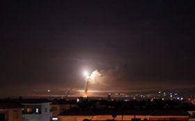 Ізраїль завдав потужних авіаударів по військових об'єктах Ірану в Сирії