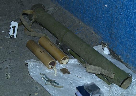 В Виннице в результате взрыва погиб военнослужащий, еще три человека ранены: опубликованы фото (3)