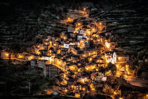 Города, построенные на скалах (15 фото) (9)