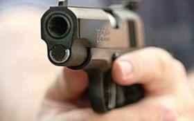 У Харкові хлопець для веселощів обстрілював людей з балкона: опубліковано відео