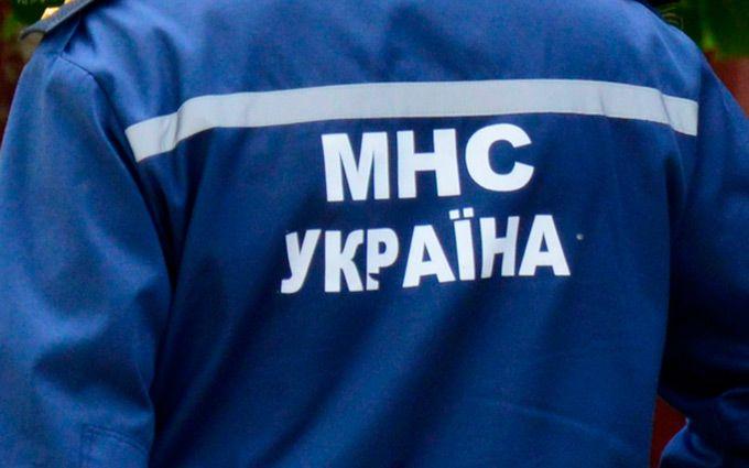 У центрі Києва сотні дітей евакуювали через НП: з'явилося фото