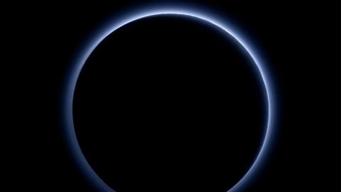 Небо на Плутоні - синє. Заява NASA (1)